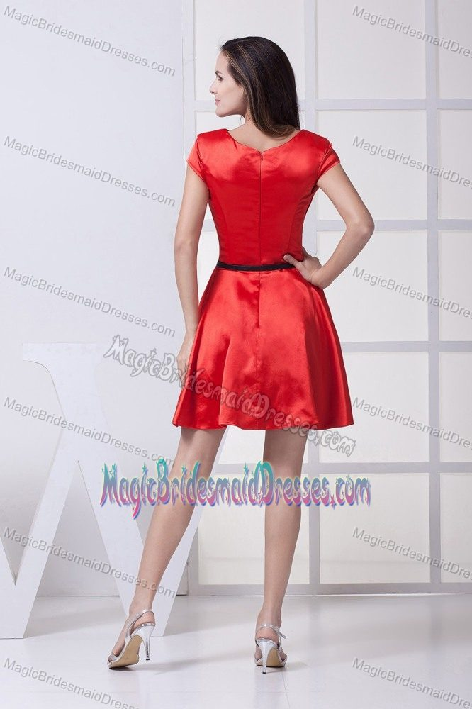scoop red bow formal bridesmaid dresses with black belt