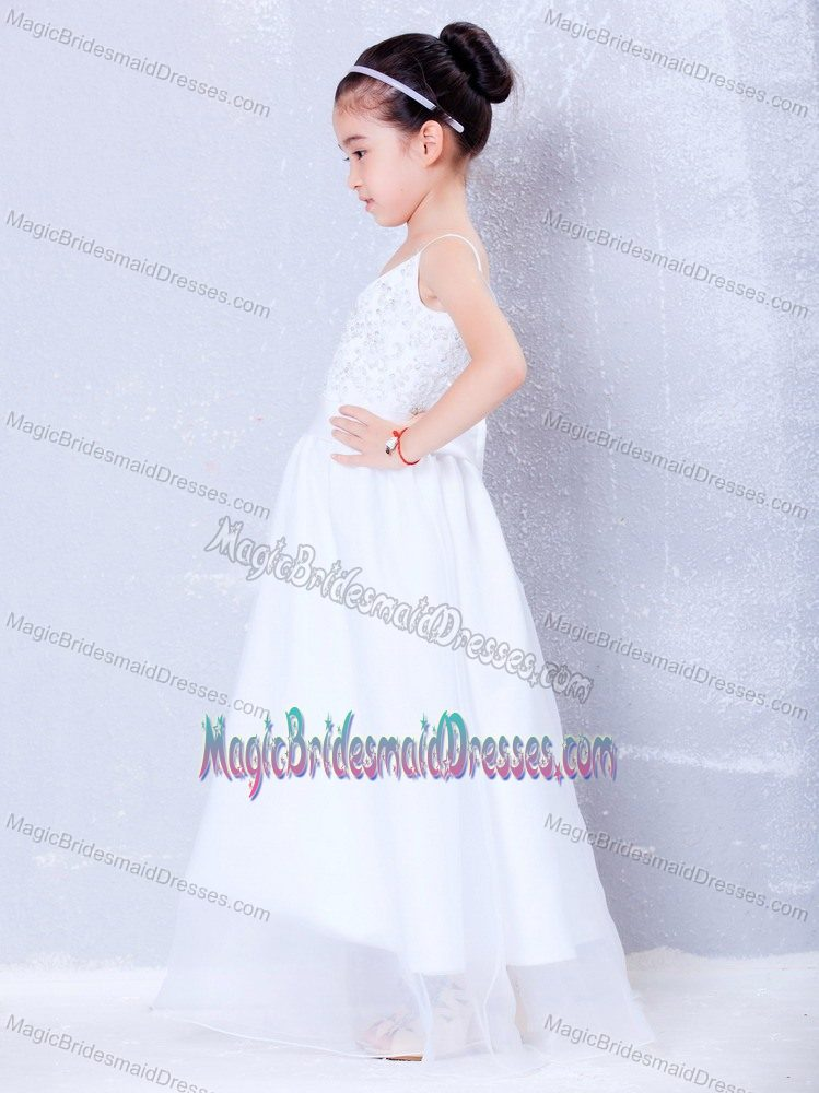 Beading White A-line V-neck Junior Bridesmaid Dress in New Mexico