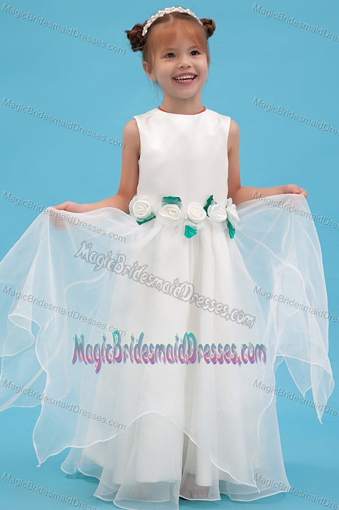 Scoop White A-line Junior Bridesmaid Dress with Hand Made Flowers