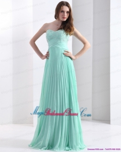 2015 Brush Train Apple Green Classic Bridesmaid Dresses with Beading and Pleats