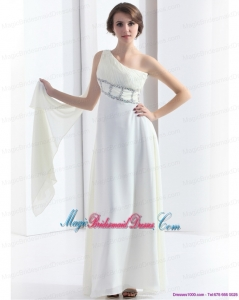 2015 Romantic One Shoulder White Bridesmaid Dress with Watteau Train and Beading