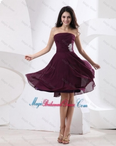 Luxurious Strapless Brown Short Bridesmaid Dress with Appliques