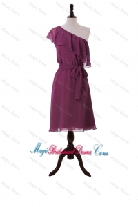Perfect Ruffles and Sashes One Shoulder Short Bridesmaid Dresses in Burgundy