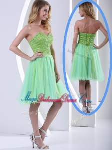 2016 Lovely Sweetheart Beading Short Beautiful Bridesmaid Dress for Party