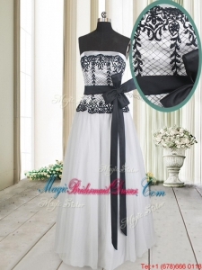 2017 Cheap Strapless White and Black Long Bridesmaid Dress with Bowknot and Lace