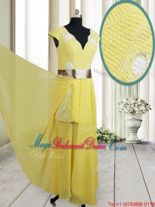 2017 Popular Beaded and Belted V Neck Chiffon Yellow Bridesmaid Dress with Cap Sleeves