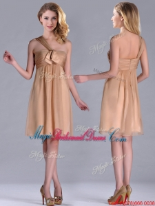 New Style One Shoulder Chiffon Short Bridesmaid Dress in Champagne