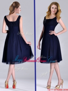 Latest Square Empire Chiffon Navy Blue Bridesmaid Dress with Ruching