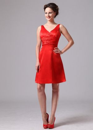 V-neck Short Red Bridesmaid Dress with Ruched Waist in Montgomery AL