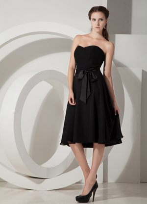 Tea-length Chiffon Black Bridesmaid Dresses in East Rand Ribbons Accent