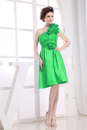Flowers Accent One Shoulder Green Knee-length Dress for Bridesmaids in Upington