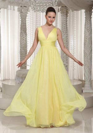 Light Yellow V-neck Chiffon Long 2013 Bridesmaids Dresses in Umhlanga Rocks