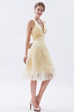 Champagne A-line Halter Ruched Short Dresses for Bridesmaid in Queenstown