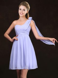 Top Selling Lavender Chiffon Zipper One Shoulder Sleeveless Mini Length Wedding Party Dress Ruching and Hand Made Flower