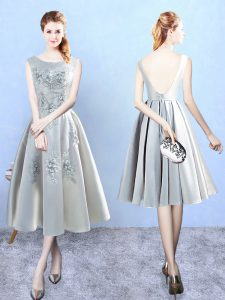 Scoop Sleeveless Backless Bridesmaid Dresses Silver Satin