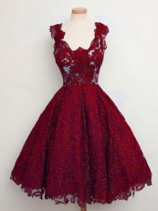 Sleeveless Knee Length Lace Lace Up Wedding Guest Dresses with Wine Red