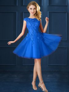 Trendy Bateau Cap Sleeves Bridesmaid Dress Knee Length Lace and Belt Blue Tulle