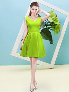 Fashionable Yellow Green Sleeveless Satin Zipper Bridesmaids Dress for Prom and Party and Wedding Party
