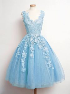 Knee Length Lace Up Bridesmaid Gown Baby Blue for Prom and Party and Wedding Party with Lace