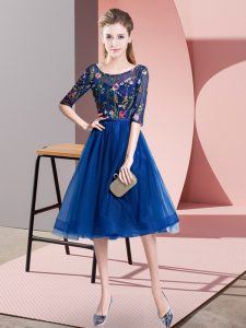 Cute Royal Blue Lace Up Wedding Guest Dresses Embroidery Half Sleeves Knee Length