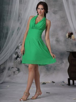 Spring Green Sheath Knee-length Dress for Bridesmaids in Mtubatuba Halter Design