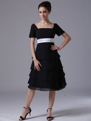 Tiered skirt Square Black Dresses for Bridesmaid in Langebaan with Short Sleeves