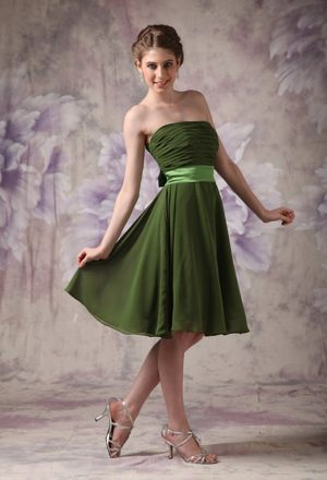 Olive Green Short Cheap Bridesmaids Gown in Ladysmith with Sashes Accent