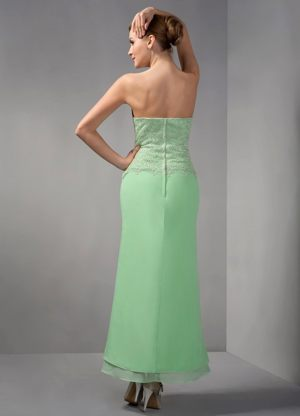 Apple Green Column Ankle-length Bridesmaid Dress in Gravelotte with Appliques