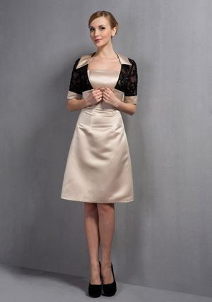 Champagne A-line Knee-length Flowers Dresses for Bridesmaid in Grabouw
