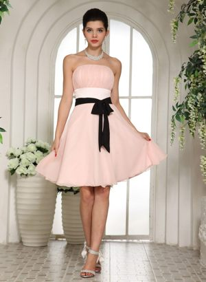 Baby Pink Knee-length Dresses for Bridesmaid in Craighall with Black Sash