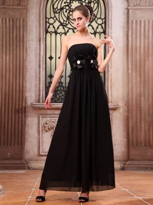Rennes France Hand Made Flower Black Strapless Bridesmaid Dress