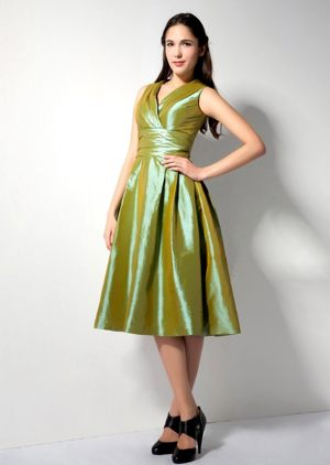 Olive Green Ruches A-line V-neck Bridesmaid Dress in Strasbourg