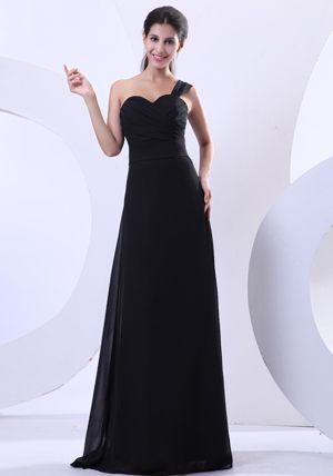 Ruches One Shoulder Black Chiffon Bridesmaid Dress in Angers France