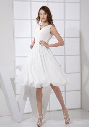 Knee-length White V-neck Chiffon Bridesmaid Dress in Campbelltown