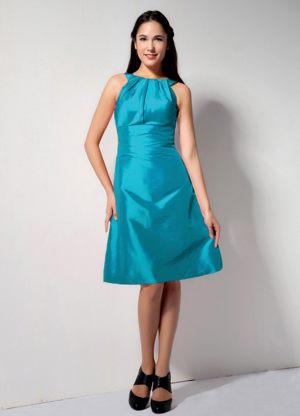 Turquoise Knee-length Taffeta Bateau Bridesmaid Dress in Tamworth