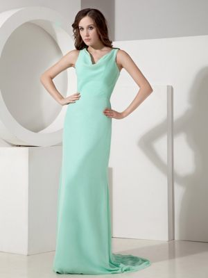 Apple Green Chiffon Sweep Train Bows Bridesmaid Dress with V-neck