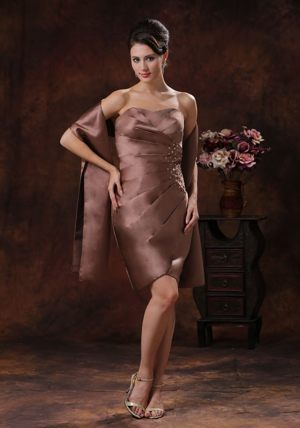 Ruching Brown Knee-length Bead Bridemaid Dress for Church Wedding
