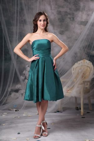 Knee-length Turquoise A-line Strapless Bridemaid Dress for Cheap