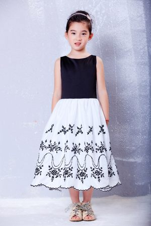 White and Black Scoop Embroidery Junior Bridesmaid Dress in Oregon