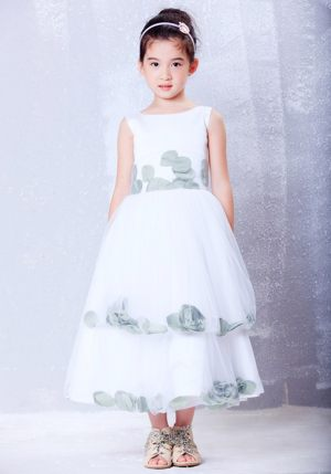 White Scoop Hand Made Flowers Junior Bridesmaid Dress in Kentucky
