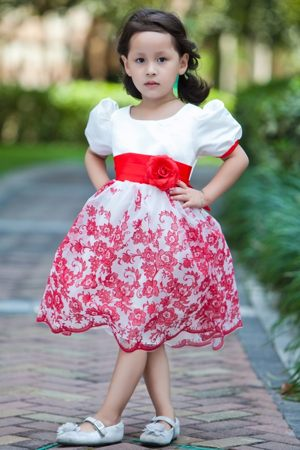 Flowers Short Sleeves White A-line Scoop Junior Bridesmaid Dress