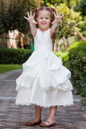 Pick-ups White A-line V-neck Lace Junior Bridesmaid Dress in Rhode