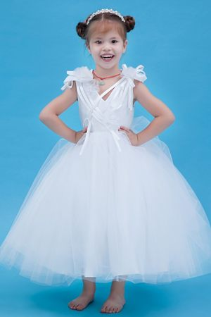 Flowers White A-line V-neck Junior Bridesmaid Dress in Mississippi