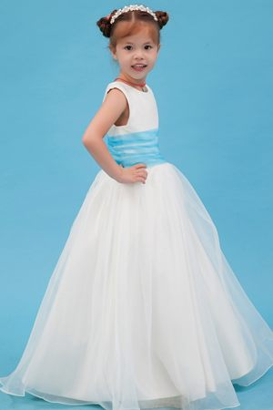 A-line White Scoop Belt Junior Bridesmaid Dress in North Carolina