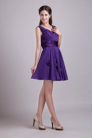 Handle Flowers Purple V-neck Layered Chiffon Bridesmaid Dresses