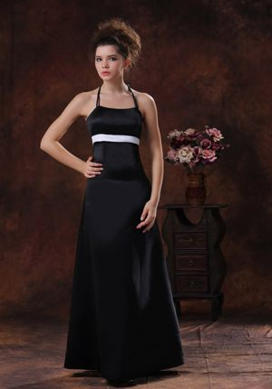 Halter Column Taffeta Black Bridesmaid Dress for Summer Wedding
