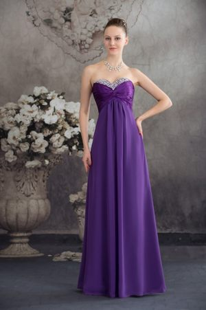 Beaded Ruching Purple Strapless Chiffon Bridemaid Dresses in Alloa