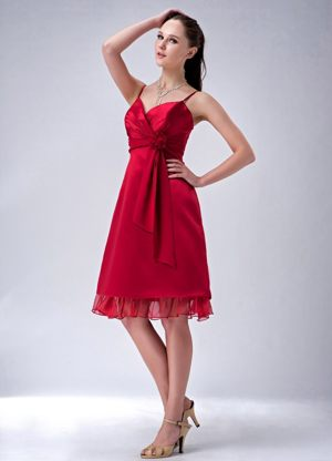 Spaghetti Sweetheart Straps Bridesmaid Knee-length in Wine Red