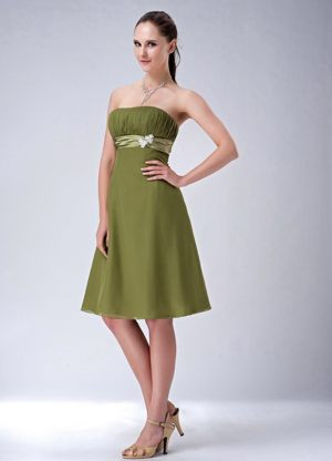 Knee-length Olive Green Empire Strapless Bridesmaids Dresses