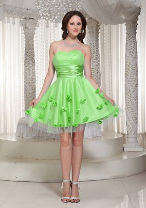 Spring Green Informal Bridesmaid Dresses with Hand Made Flower